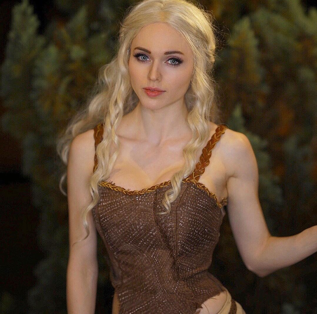 Amouranth - Game Of Thrones