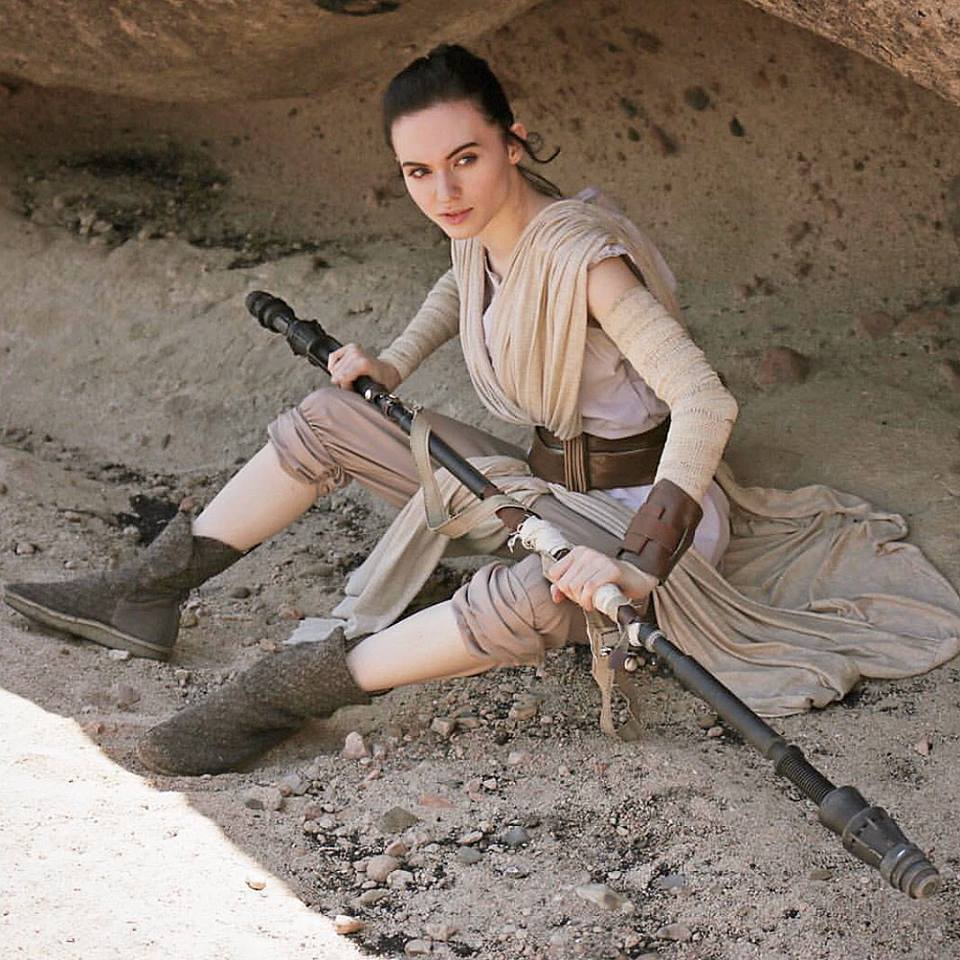 Amouranth as Rey